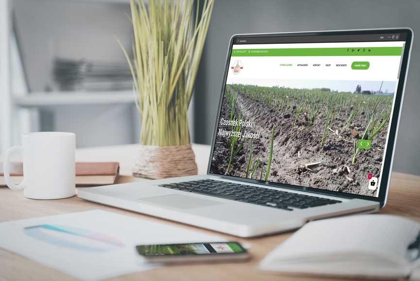 strona czosnek.eu na laptopie i smartfonie
